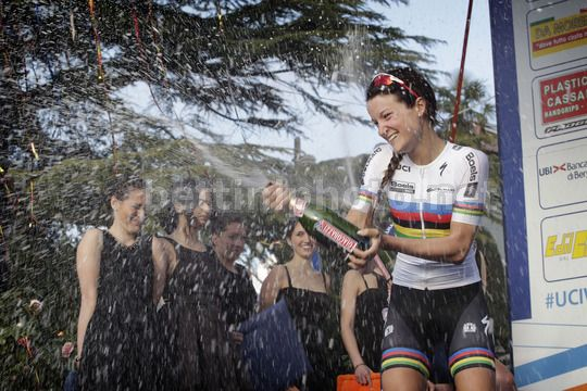 Elizabeth Armitstead © Bettiniphoto
