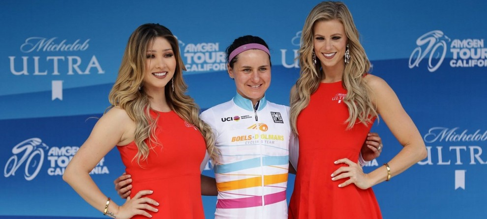 Megan Guarnier con la maglia di leader del Women's World Tour © Getty Images