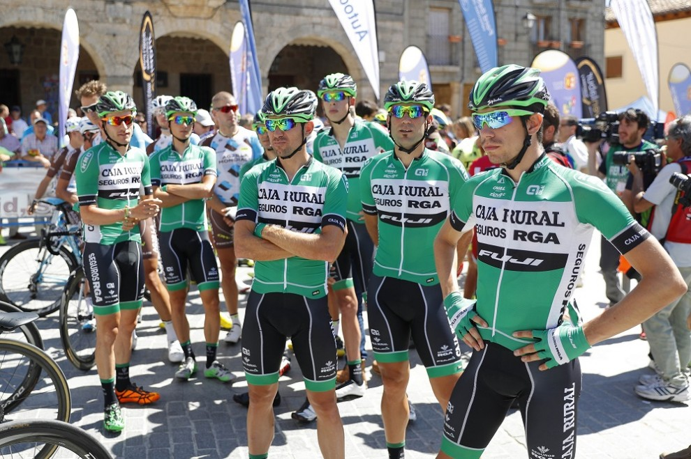 La Caja Rural si appresta a disputare la Vuelta © Photo Gómez Sport