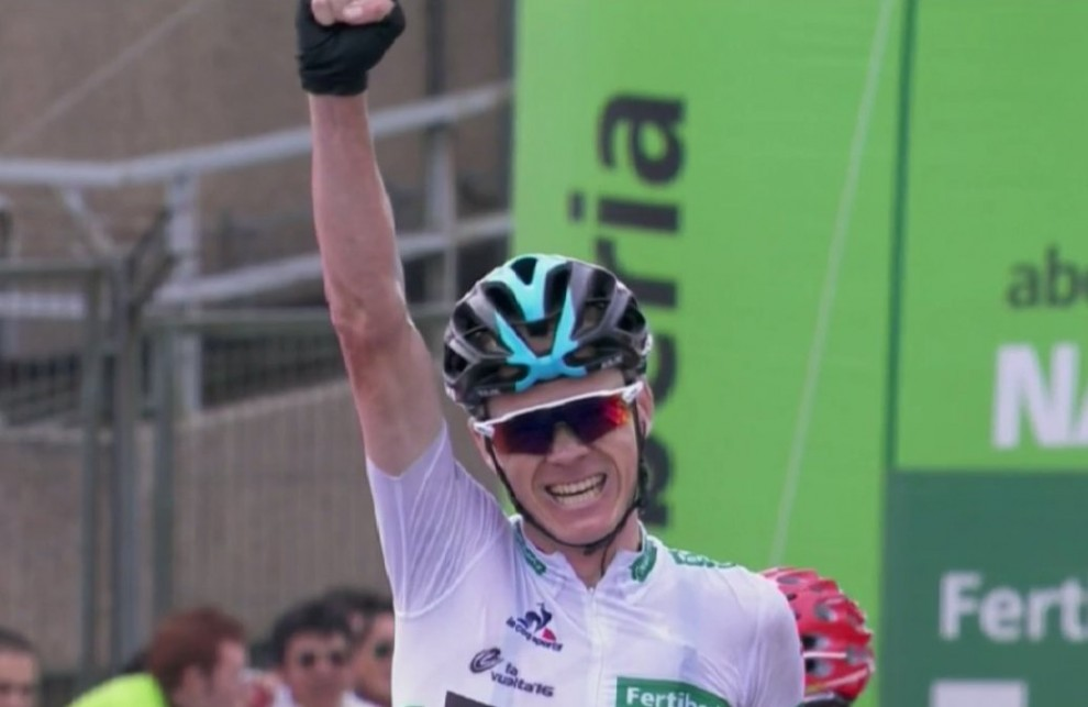 Chris Froome vince ancora a Peña Cabarga © Twitter