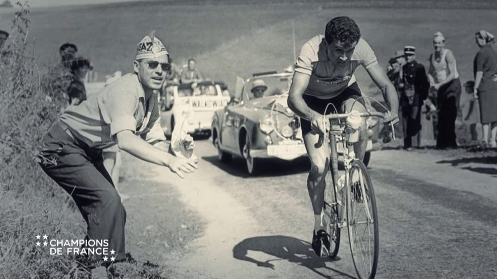 Roger Walkowiak impegnato nel Tour de France 1956 © Vimeo