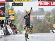 La gioia di Robin Carpenter, vincitore alla Joe Martin Stage Race © Warren Cycling