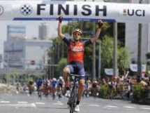 Jon Insausti vince l'ultima tappa del Tour of Japan © Bahrain-Merida