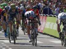 Peter Sagan batte Phil Bauhaus al colpo di reni nella prima tappa Binck Bank Tour © Bettiniphoto