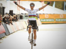 L'arrivo solitario di Wout Van Aert al Superprestige di Boom © SuperprestigeCyclocross.be