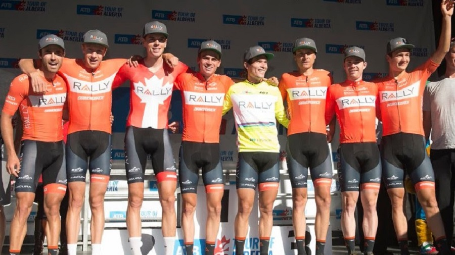 I corridori della Rally Cycling sul podio © Rally Cycling