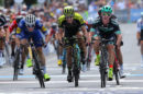 Jay McCarthy vince la Cadel Evans Great Ocean Road Race su Elia Viviani e Daryl Impey © Mitchelton-Scott - Getty