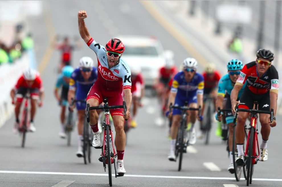 Nathan Haas supera Greg Van Avermaet nella seconda tappa del Tour of Oman © Getty Images
