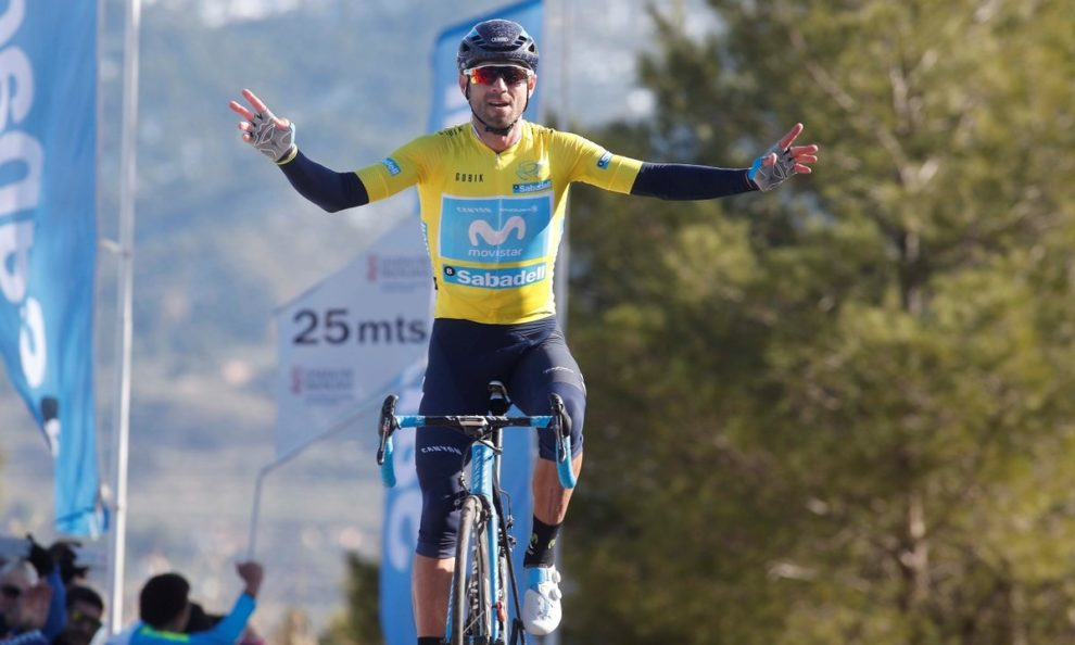 Alejandro Valverde trionfa in maglia di leader © Movistar/Photo Gomez Sport