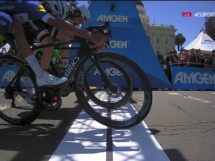 Il fotofinish vincente di Fernando Gaviria al Tour of California © Twitter