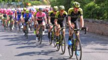 La Mitchelton Scott al lavoro al Giro d'Italia © Getty Images