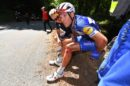 Philippe Gilbert risale dopo la caduta al Tour de France 2018 © Getty Images - Tim de Waele
