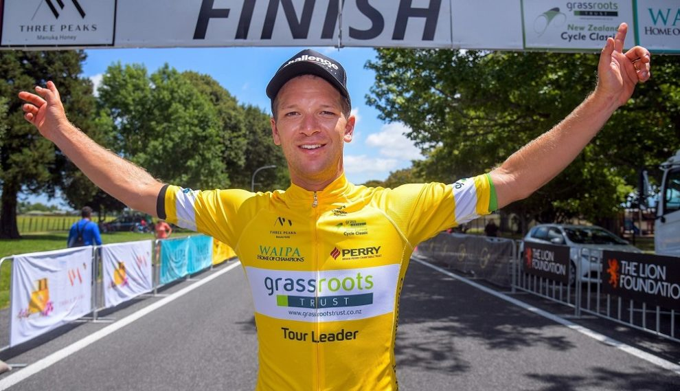 Prima maglia di leader per Aaron Gate © New Zealand Cycle Classic