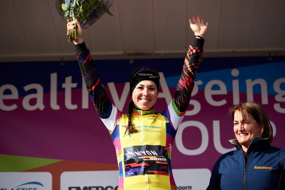 Lisa Klein sul podio dell'Heatlhy Ageing Tour © Heatlhy Ageing Tour