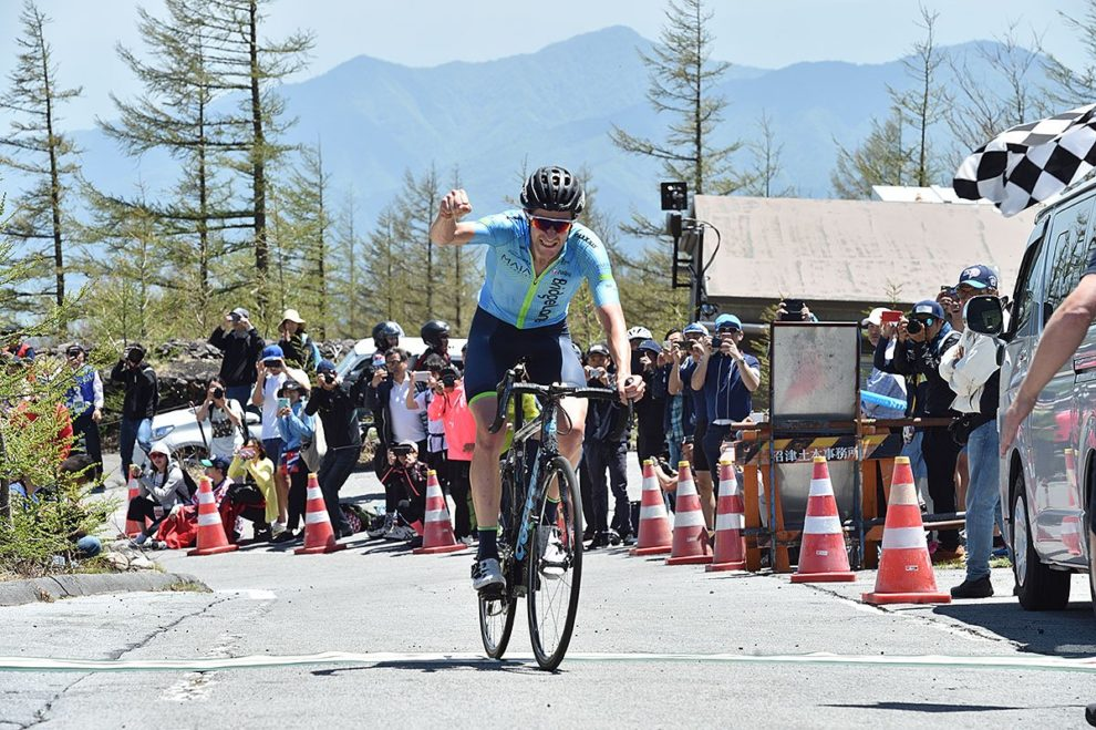 Chris Harper fa suo il traguardo del Monte Fuji al Tour of Japan © Tour of Japan