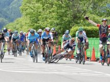 Kreder vince al Tour of Japan, Imerio Cima finisce a terra © Tour of Japan