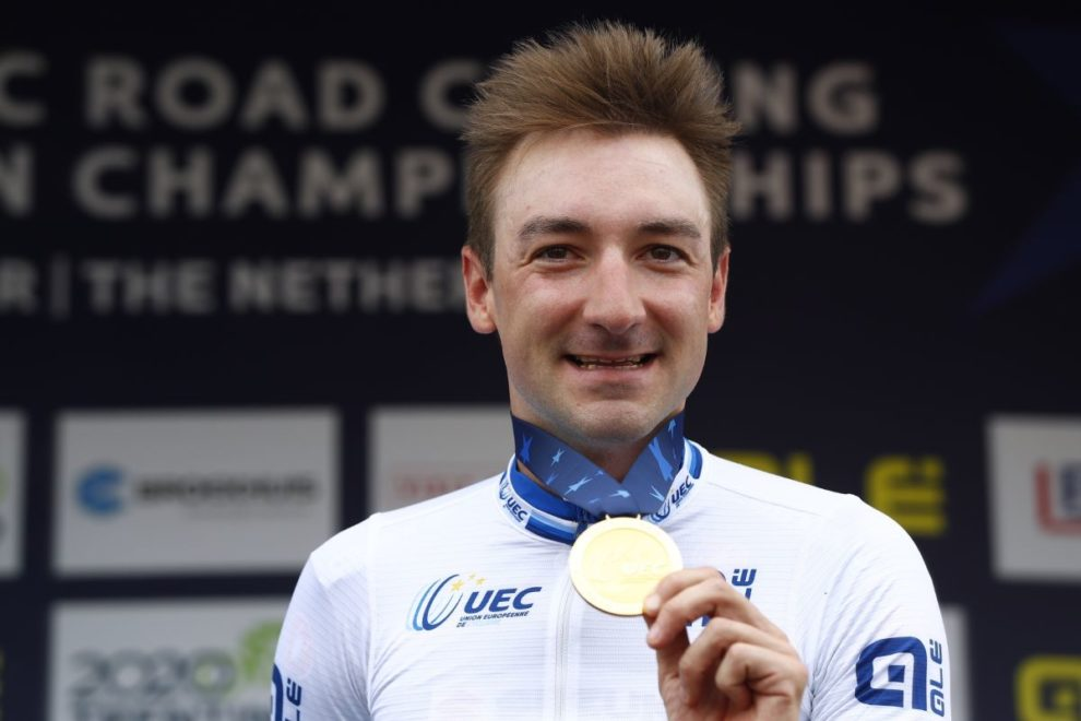 Elia Viviani con l'oro europeo © Getty Images