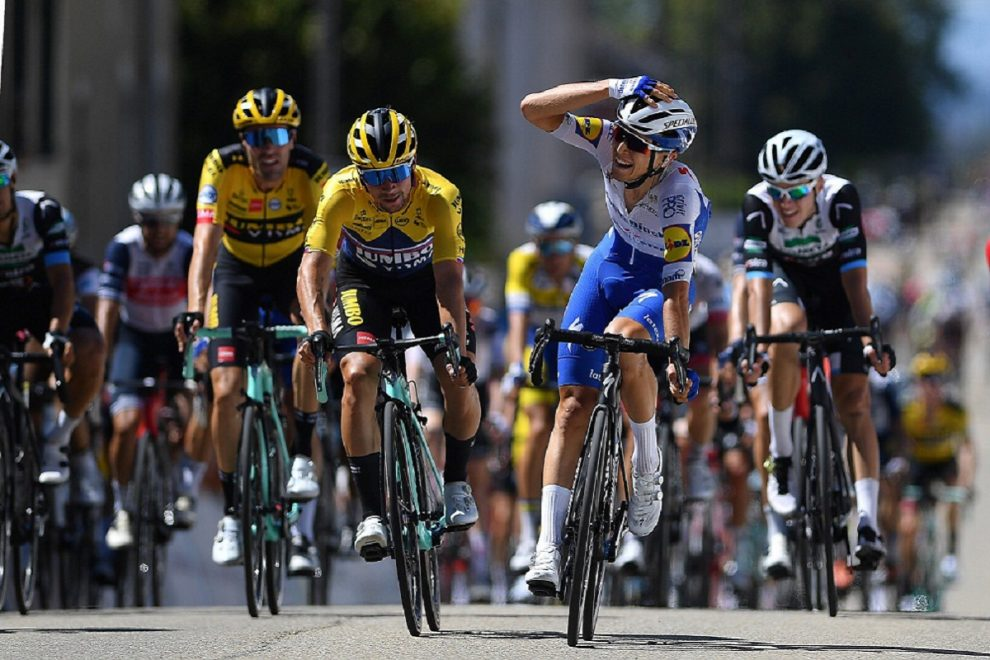 Andrea Bagioli batte Primoz Roglic al Tour de l'Ain © Getty Images