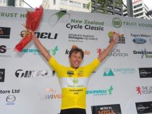 Corbin Strong sul podio in Nuova Zelanda © New Zealand Cycle Classic